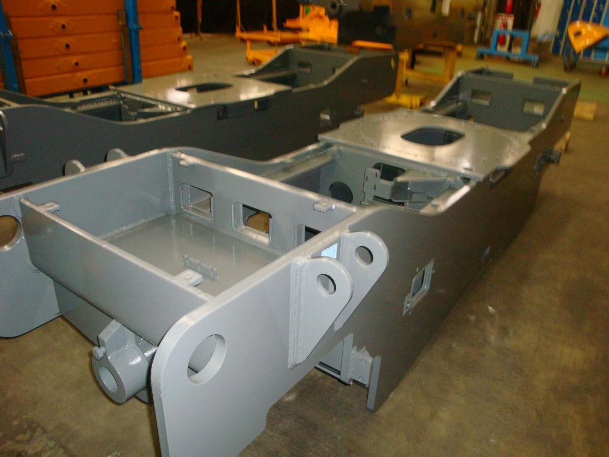 Welded frame and turret | Haulotte Corporate